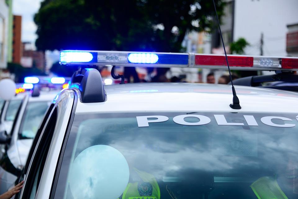 É possível a incidência do art. 330 (desobediência) do Código de Penal Brasileiro no trânsito (ordem de parada por guarnição policial em atividade de trânsito ou tráfego)?